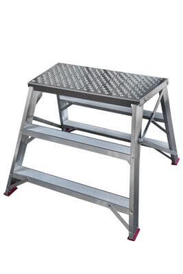 Noheva-työpukit alumiinitasolla